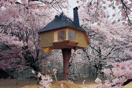 fairy-tale-inspired treehouse.