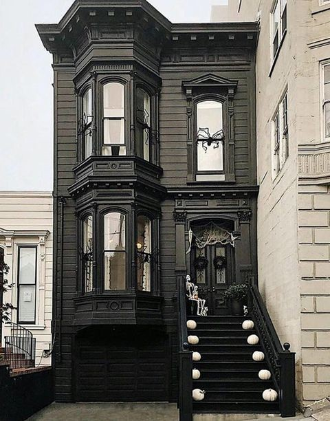 Black victorian house in San Francisco