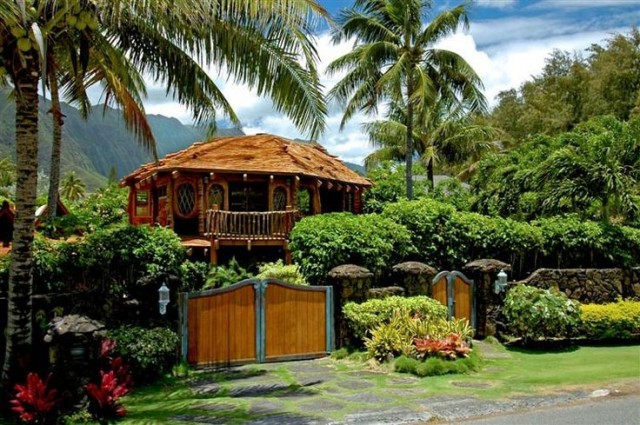 Hawaii Hobbit House in Waimanalo, island of Oahu