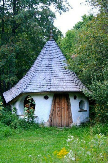 Tiny cute hobbit home