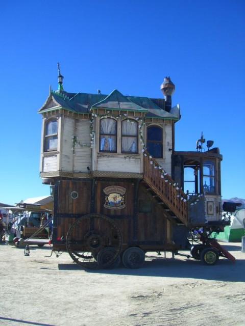 Steampunk house on wheels