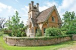 Pickards Lodge is on the edge of village Westonbirt, Gloucestershire