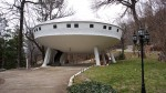 Flying saucer shaped house in Tennesee