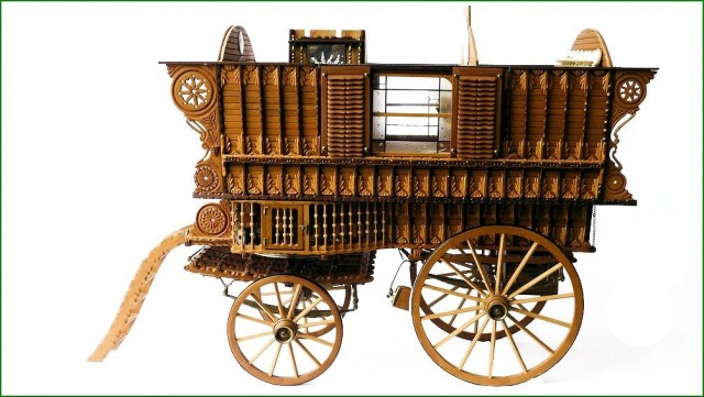 Gypsy wagon model construction